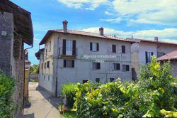 independent house with apartments for sale garden Vezzo Gignese Stresa real estate ellebi