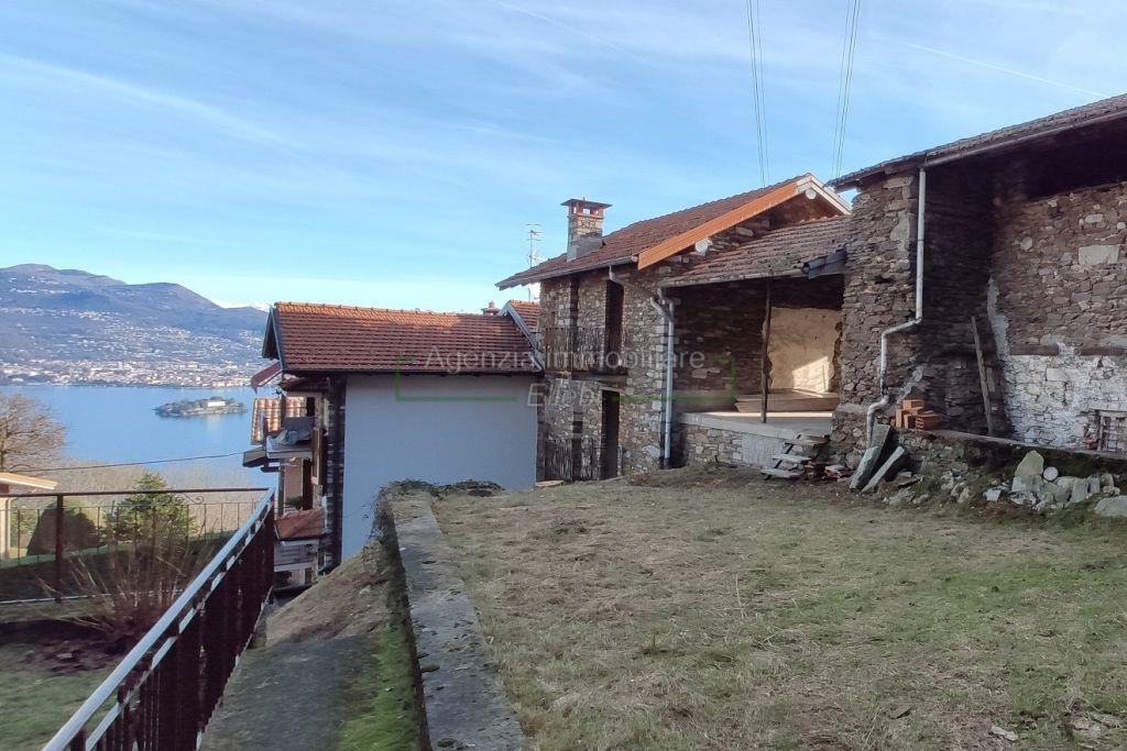 rustic house for sale Campino of Stresa Lake Maggiore, real estate