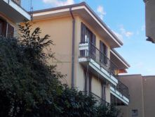 Esterno appartamento Stresa Agenzia immobiliare Ellebi