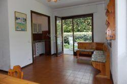 soggiorno appartamento carciano di stresa vendita Agenzia Immobiliare Ellebi