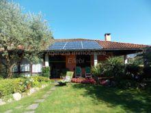 giardino villa Baveno oltrefiume vendita Agenzia immobiliare Ellebi