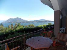 terrazzo appartamento Stresa piscina vendita Agenzia immobiliare Ellebi