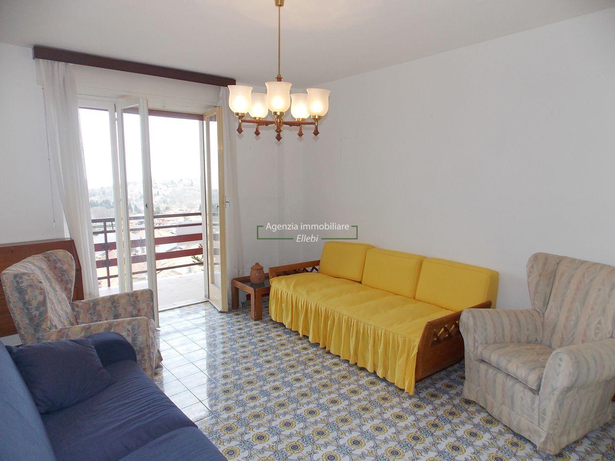 soggiorno appartamento Gignese vendita Agenzia Immobiliare Ellebi
