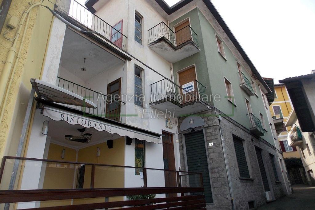 esterno stabile ristorante bnb vendita agenzia immobiliare ellebi