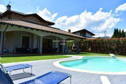 villa con piscina Stresa Alto vergante agenzia immobiliare ellebi