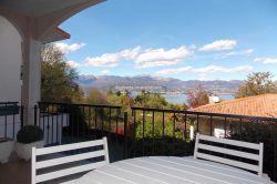 bilocale con terrazzo e garage stresa agenzia immobiliare