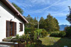 giardino casa in vendita 13 betulle giardino Levo Stresa Baveno agenzia immobiliare Ellebi
