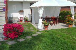 giardino casa in vendita Pisano Colazza Alto Vergante b&b agenzia immobiliare ellebi