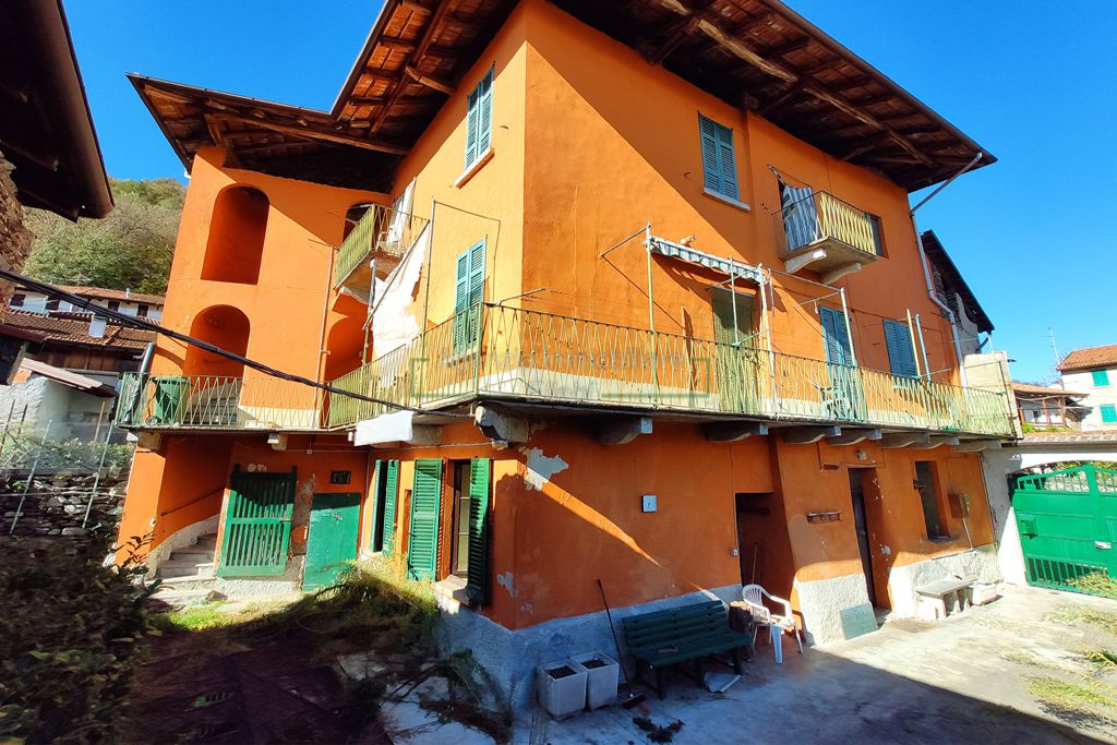 corte rustici in vendita a Graglia Piana agenzia immobiliare ellebi